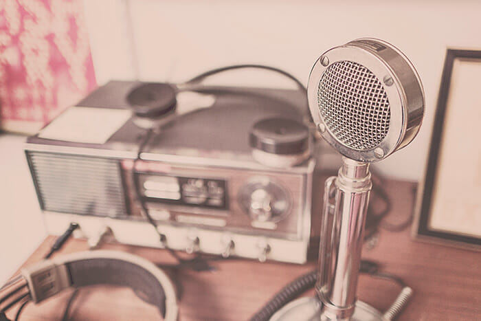 microphone-700w